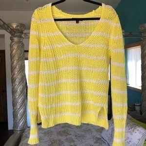 Sunny yellow banana republic knit sweater